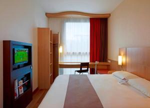 Ibis Warszawa Reduta, Hotely  Varšava - big - 10