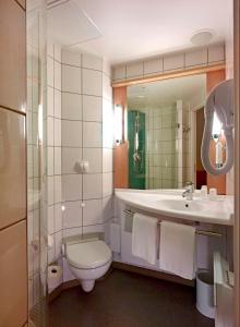 Ibis Warszawa Reduta, Hotely  Varšava - big - 8