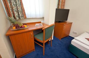 Kleines Doppelzimmer mit Queensize-Bett