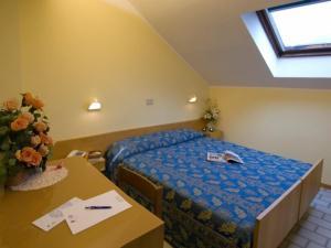 Hotel Nives, Отели  Риччоне - big - 2