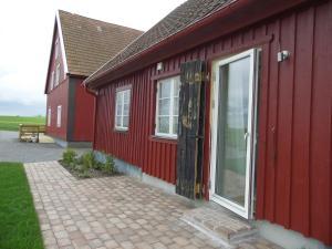 Red Bird Farm, Bed & Breakfasts  Ystad - big - 9