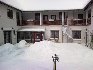 Hotelpension Schwalbennest, Guest houses  Benz - big - 40