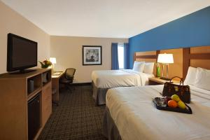 Canadas Best Value Inn Toronto, Motelek  Toronto - big - 13