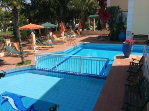 Bueno Hotel, Residence  Platanes - big - 118