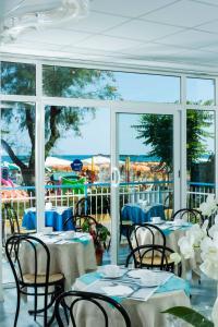 Strand Hotel, Hotels  Gabicce Mare - big - 153