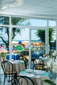 Strand Hotel, Hotels  Gabicce Mare - big - 38