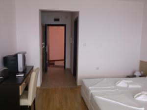 Villa Lazuren Bryag 2, Guest houses  Chernomorets - big - 39