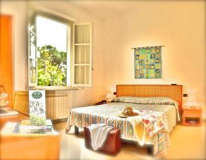 Hotel Villa Fiorisella, Szállodák  Marina di Massa - big - 9