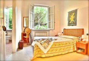Hotel Villa Fiorisella, Szállodák  Marina di Massa - big - 6