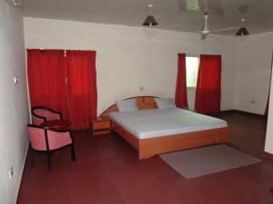 Gussys Hotel Ltd, Hotels  Tema - big - 12