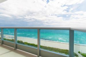Superior One-Bedroom Suite with Direct Ocean View