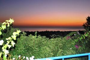 Villa Bella Island Tria, Villen  Coral Bay - big - 28