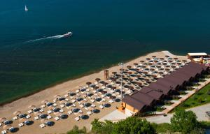 Zolotaya Buhta Hotel, Resorts  Anapa - big - 56