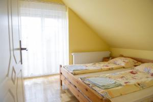 Erika apartman I., Apartmanok  Hajdúszoboszló - big - 3