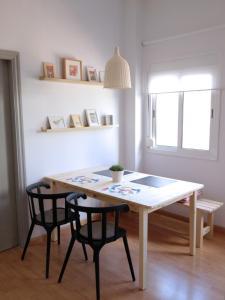 Studio (3 Adults + 2 Children)