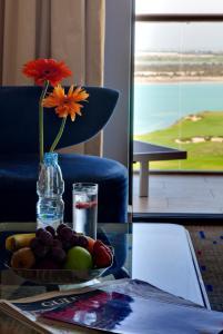 Suite med balkong og sjøutsikt