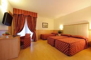Club Hotel e Residence La Vela, Szállodák  Nago-Torbole - big - 20