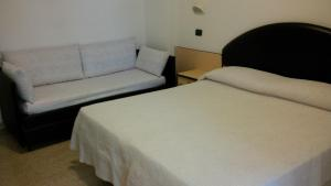 Hotel Trocadero, Szállodák  Riccione - big - 6