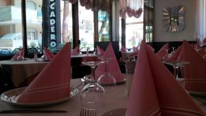 Hotel Trocadero, Szállodák  Riccione - big - 45