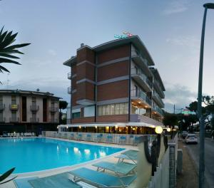 Hotel Lanzoni - AbcAlberghi.com