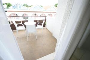 Villa Albaluisa, Apartments  Bibione - big - 18
