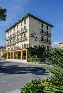 Hotel Villa Ombrosa - AbcAlberghi.com