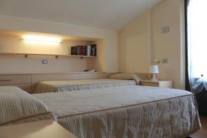 Hotel Residence Aurora, Hotels  Paderno Dugnano - big - 20
