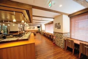 Tennen Onsen Taho-no-Yu Dormy Inn Niigata, Hotely  Niigata - big - 21