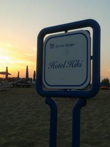 Hotel Hiki, Hotely  Bibione - big - 1