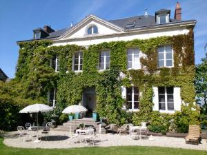 Chambres d'hotes Autour de la Rose, Bed and Breakfasts  Honfleur - big - 12