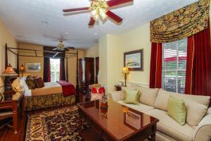 Kenwood Inn, Bed & Breakfast  St. Augustine - big - 8