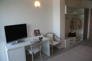 Hotel Granada, Hotel  Milano Marittima - big - 11