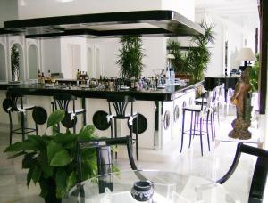 Hotel Suites Albayzin Del Mar, Отели  Альмуньекар - big - 28