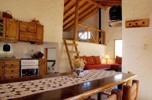Las Espuelas Casas de Montaña, Chaty v prírode  Potrerillos - big - 8