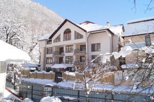 Green Hall Hotel, Hotel  Estosadok - big - 1
