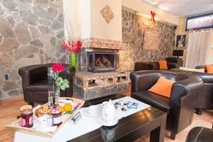 9 Suites ApartHotel, Aparthotels  Braşov - big - 47