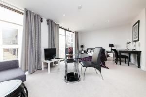 Pinnacle Residences - Central Cambridge, Apartmanok  Cambridge - big - 12