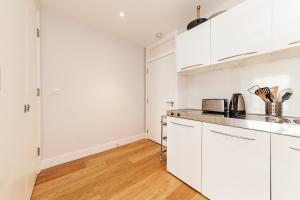 Pinnacle Residences - Central Cambridge, Apartmanok  Cambridge - big - 16