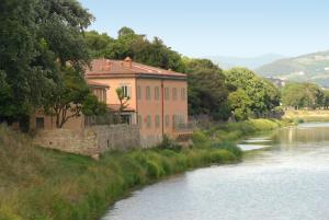 Ville Sull'Arno - AbcAlberghi.com