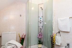 9 Suites ApartHotel, Apartmanhotelek  Brassó - big - 11