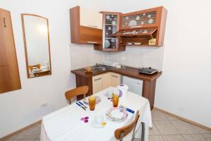 9 Suites ApartHotel, Apartmanhotelek  Brassó - big - 10