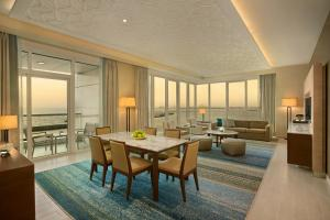 Three Bedroom Suite with Full Sea View