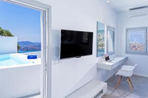 Alti Santorini Suites, Villas  Megalokhori - big - 51