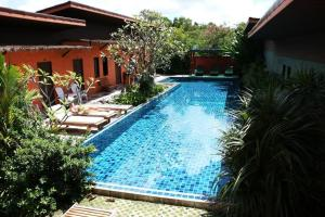 2 Home, Hotels  Chalong  - big - 1