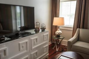Two-Bedroom Suite with Balcony - Stair Access Only