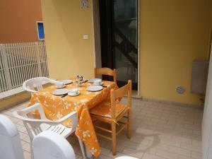Marconi Bilocale, Apartments  Caorle - big - 5