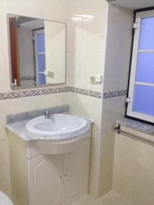 FADO Bairro Alto - SSs Apartments, Apartmanok  Lisszabon - big - 16