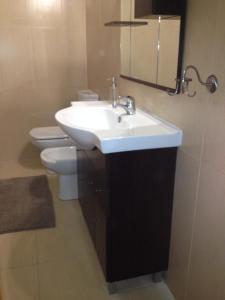 FADO Bairro Alto - SSs Apartments, Apartmanok  Lisszabon - big - 12