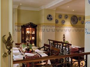 The Phoenix Hotel Yogyakarta - MGallery by Sofitel, Hotels  Yogyakarta - big - 70