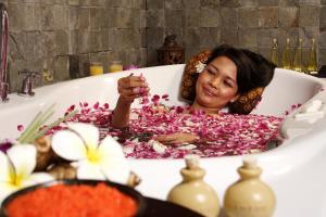 The Phoenix Hotel Yogyakarta - MGallery by Sofitel, Hotels  Yogyakarta - big - 64